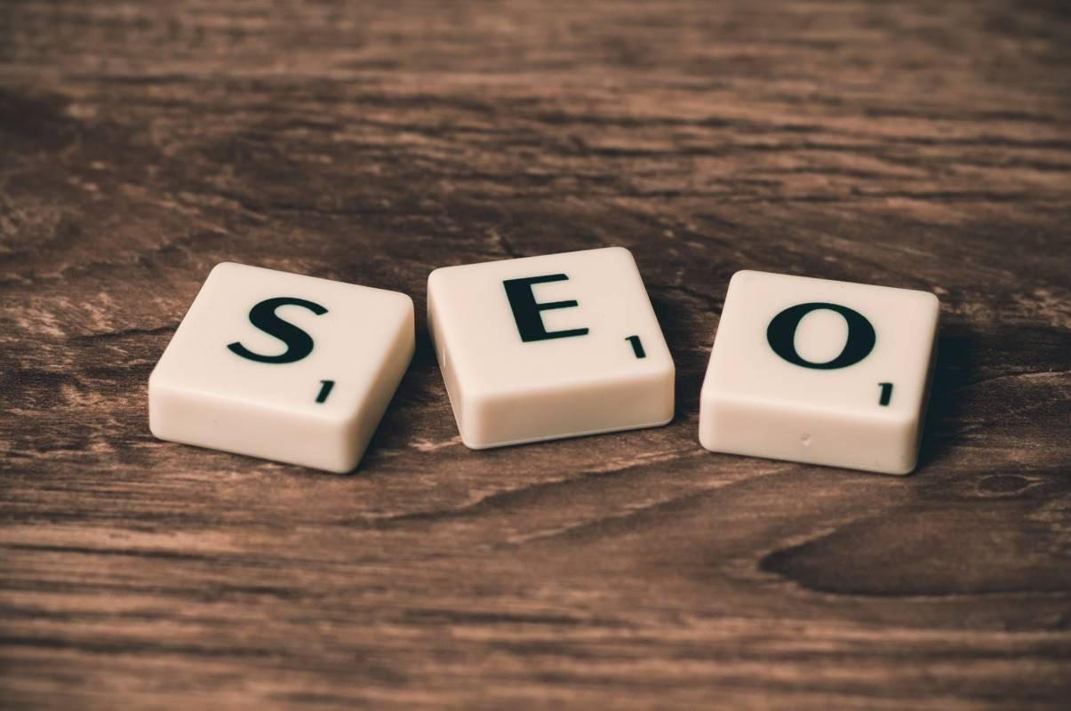 SEO o SEM? Posizionamento del sito o Google Ads? Avversari o Alleati?